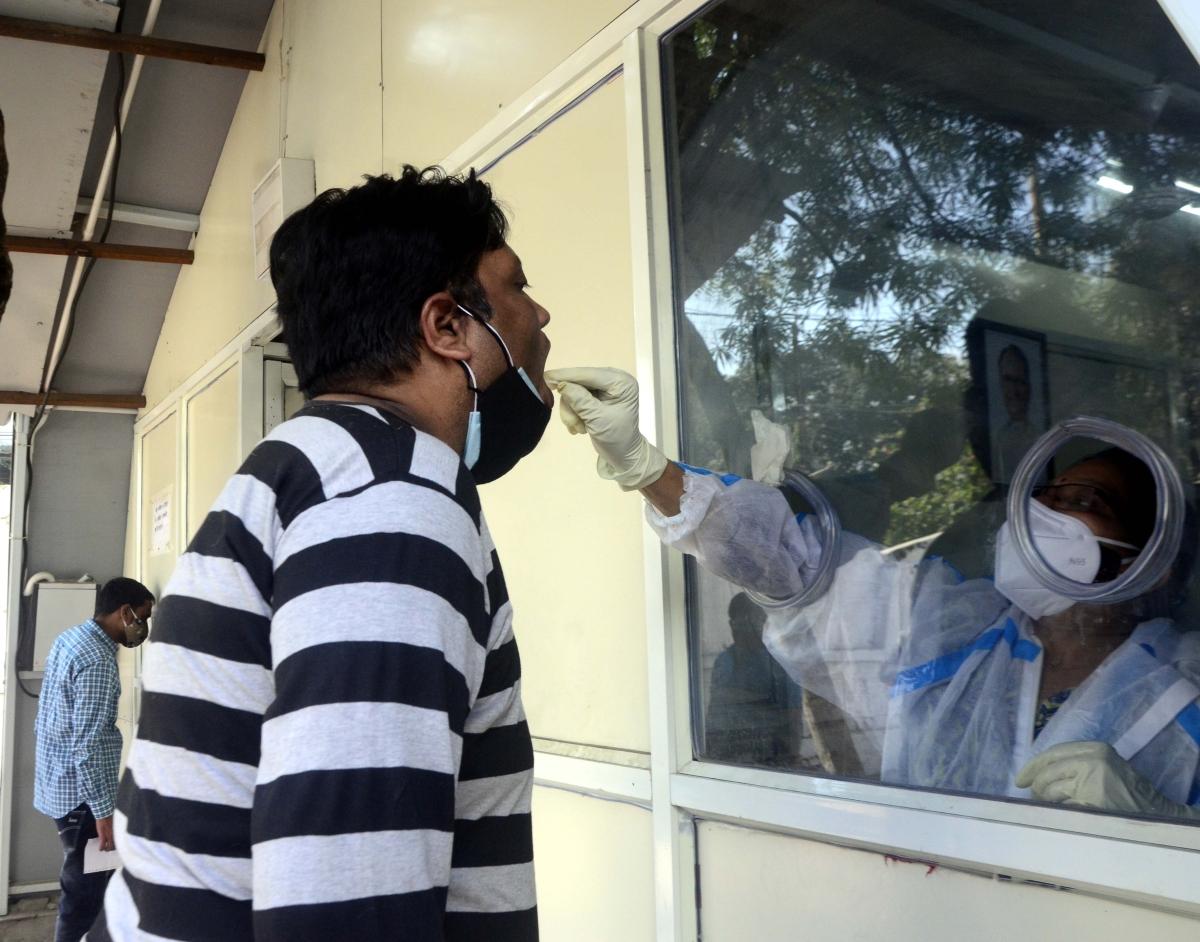 Madhya Pradesh: Sample of a suspect UK returnee sent to Delhi for Covid testing