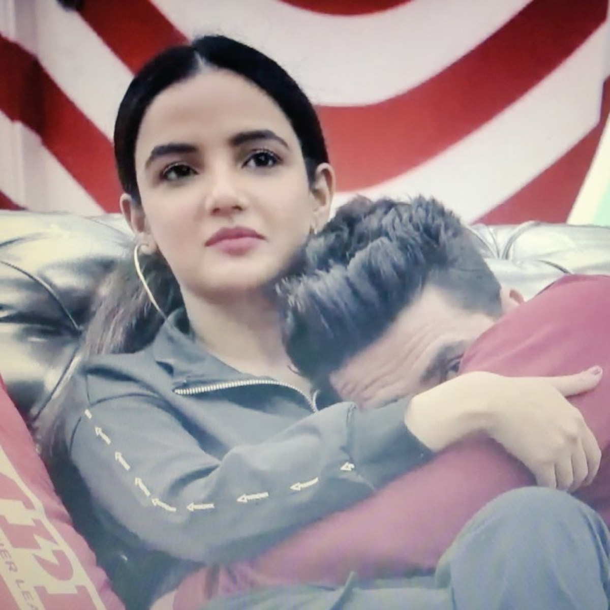 Bigg Boss 14: Jasmin Bhasin, Aly Goni's fans trend #WeWantAlyBack after latter gets evicted in mid-week elimination