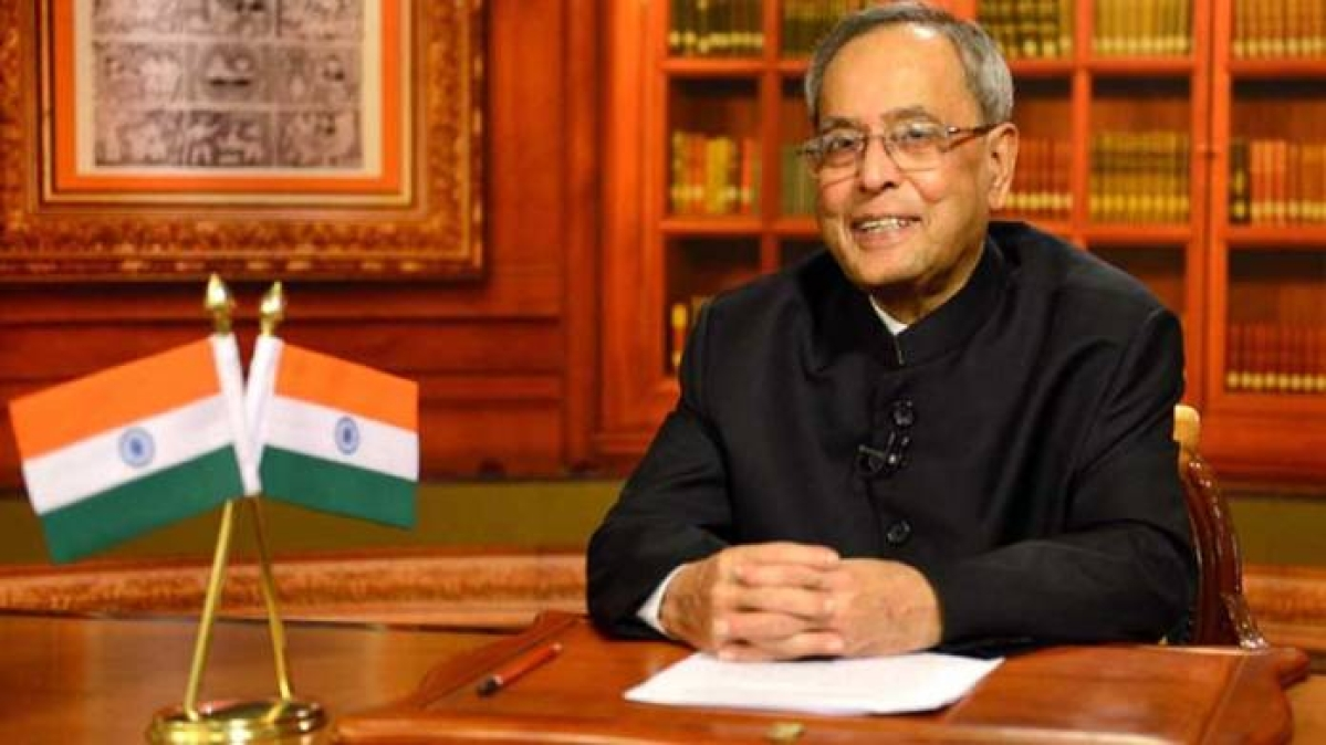 'The Presidential Years': Pranab Mukherjee's book critiques Congress; leaders refuse to comment before reading 'in full'