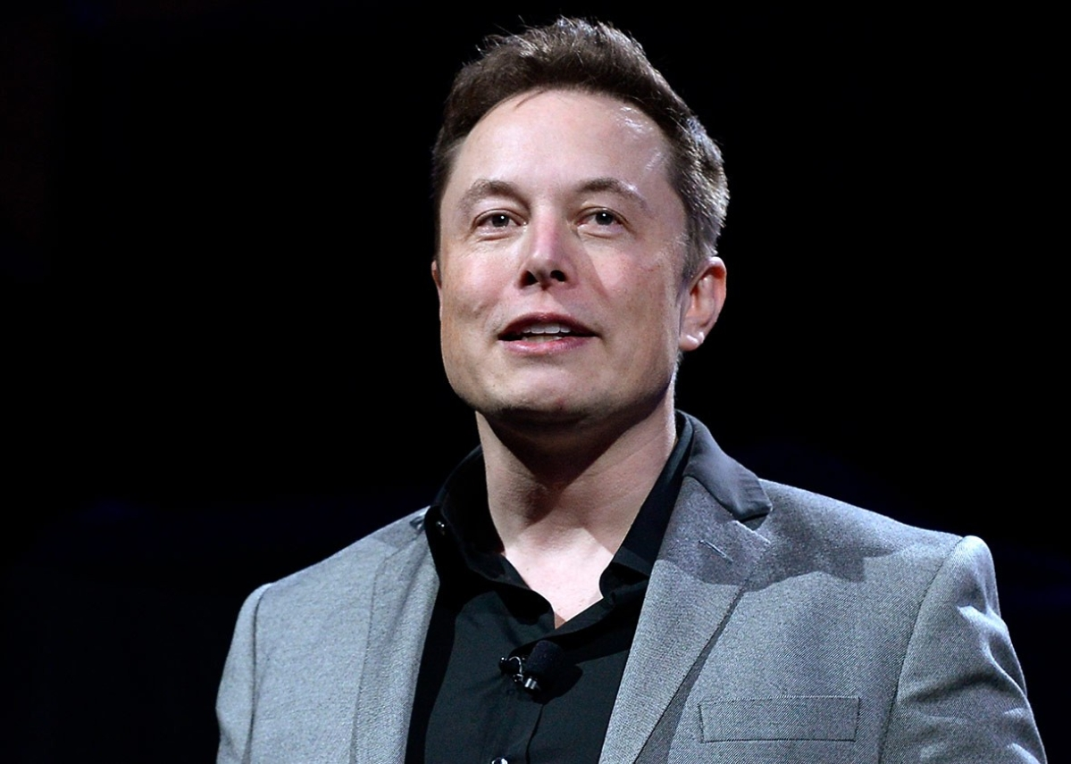 Apple CEO refused meeting to acquire Tesla dirt cheap: Elon Musk