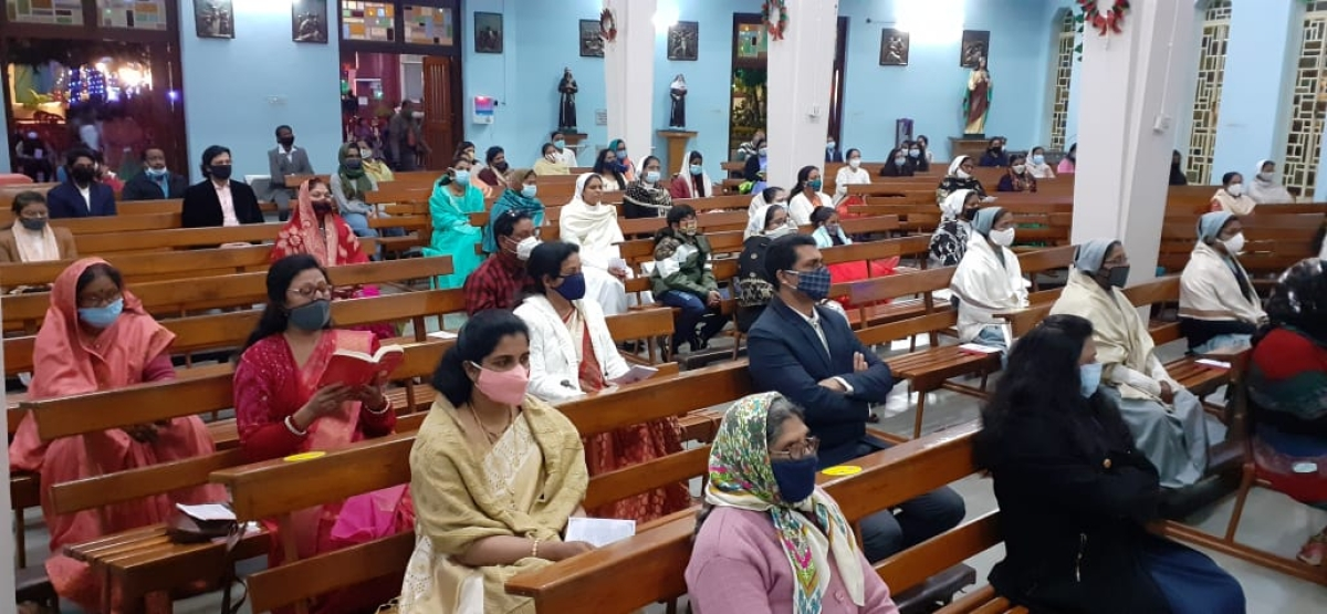 Social distancing maintained while attending the mass
