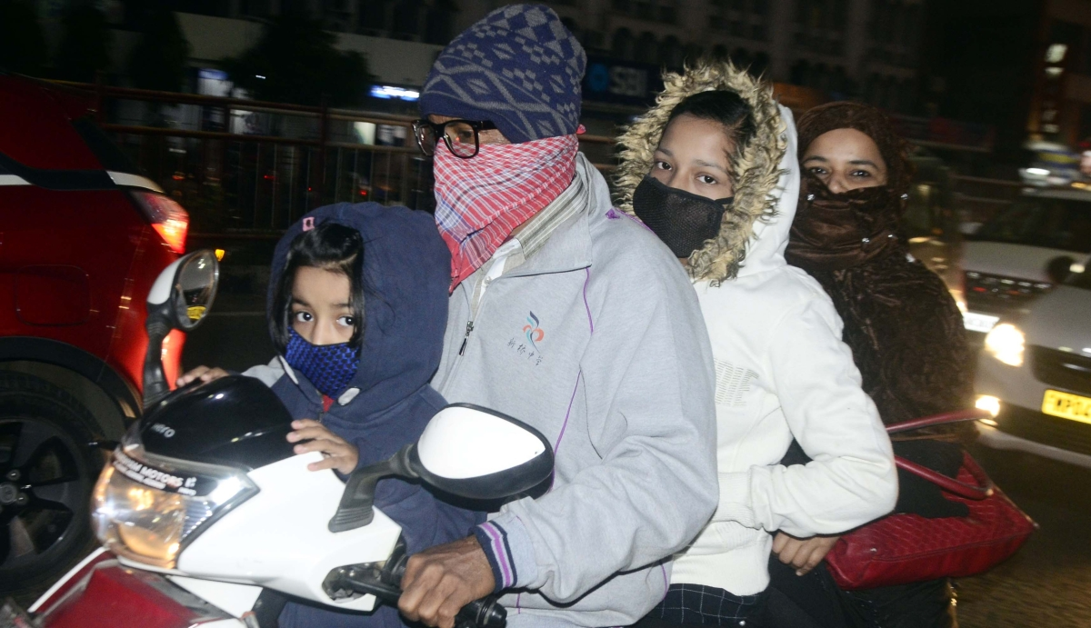Biting cold continued in state capital, Bhopal, especially on Thursday night.