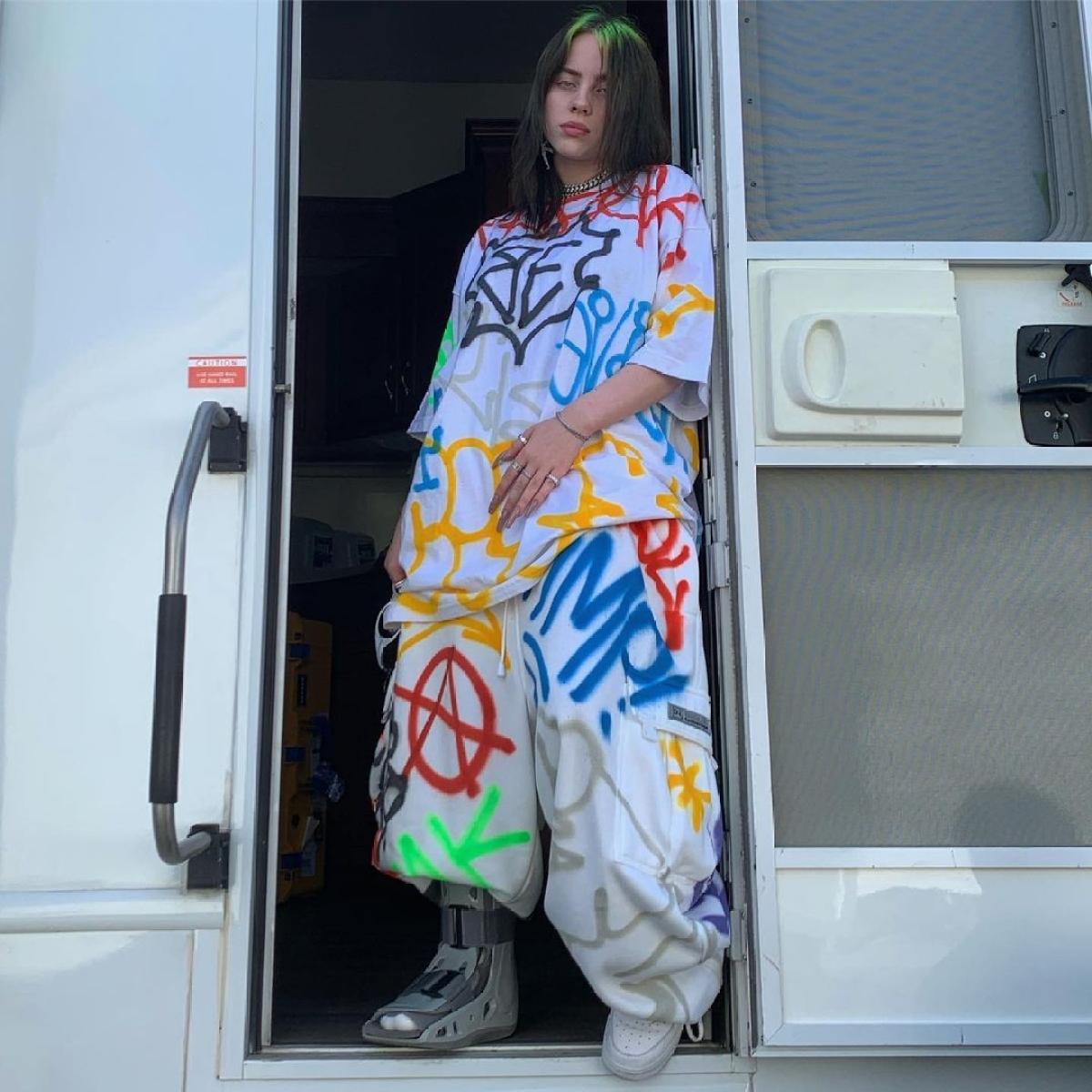 Billie Eilish shuts down body-shamers who called her 'fat'