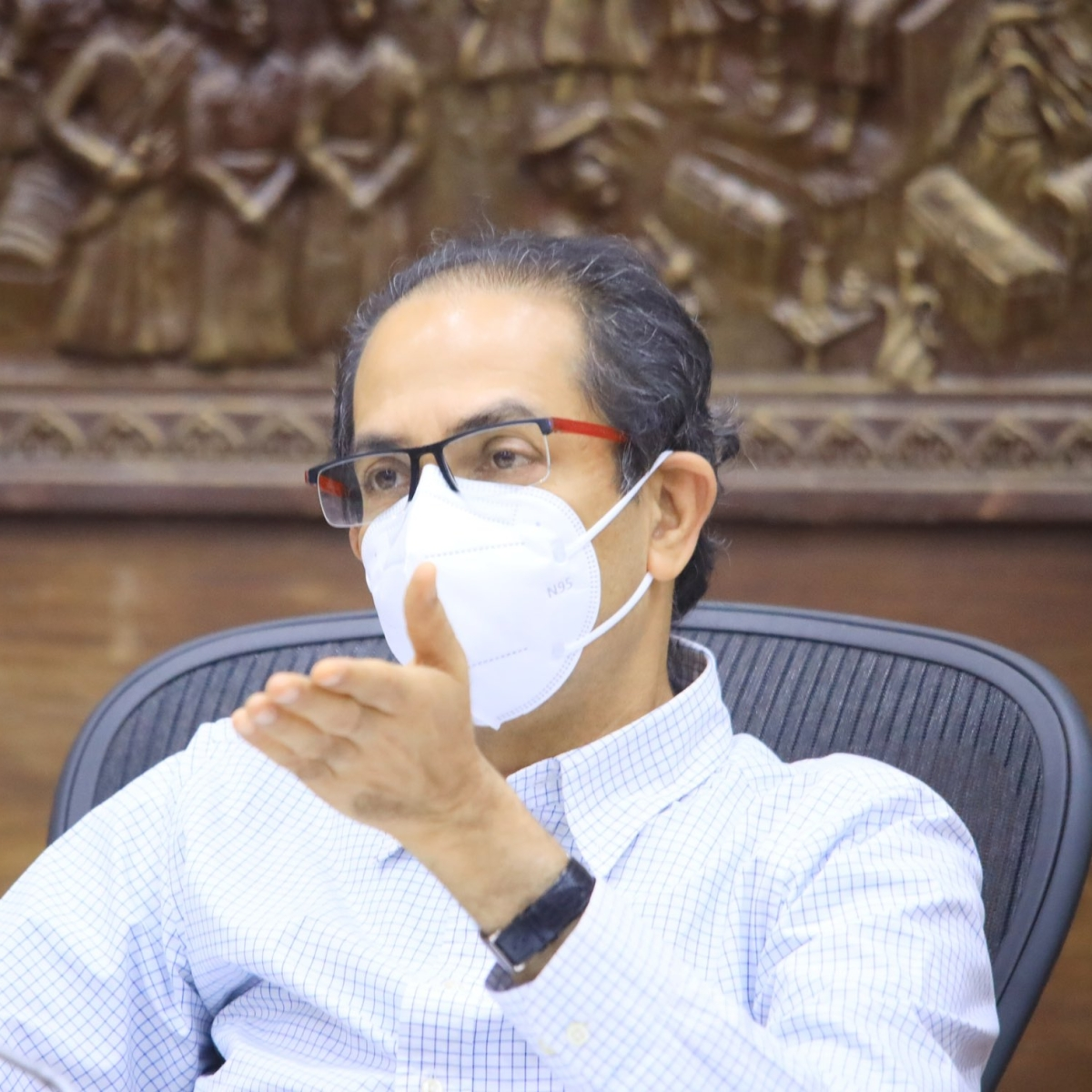 Uddhav Thackeray asks for suggestions as COVID-19 cases rise, Twitterati say 'anything but lockdown'