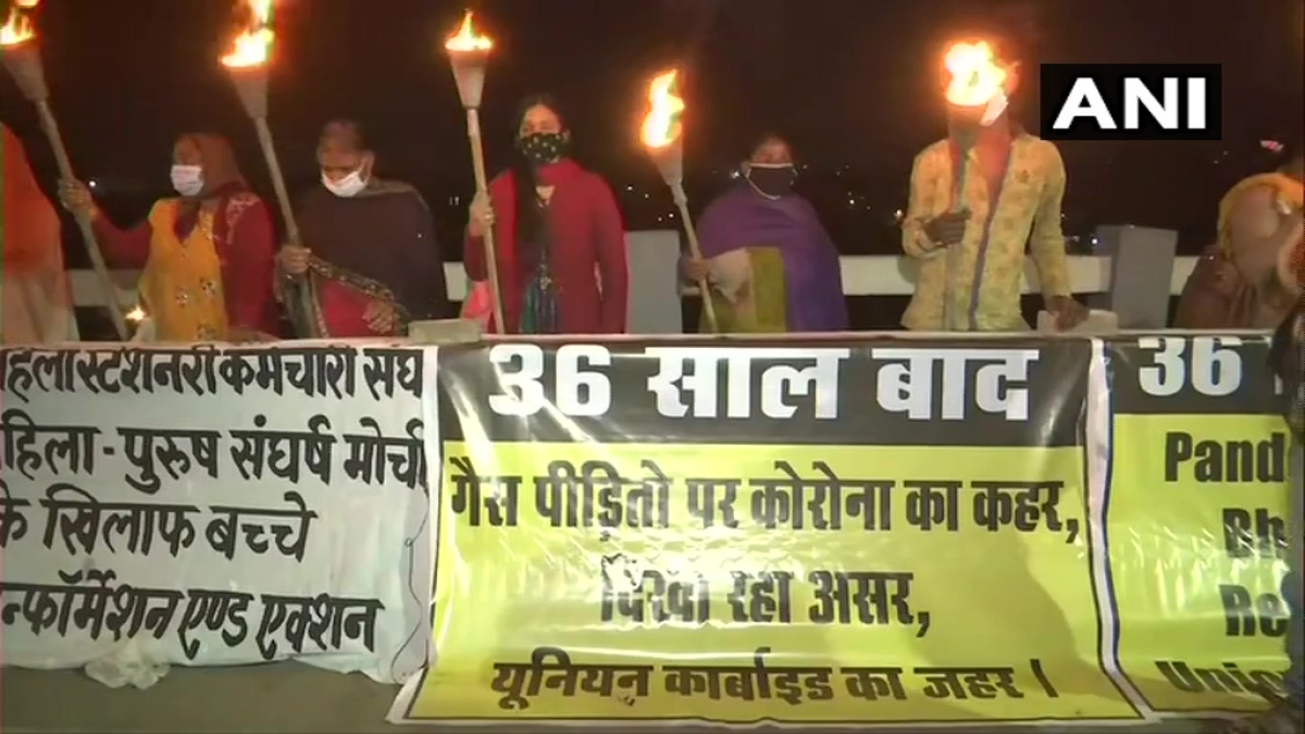36th anniversary of 1984 Bhopal Gas Tragedy: People hold torch rally on the eve, demand special action against the accused