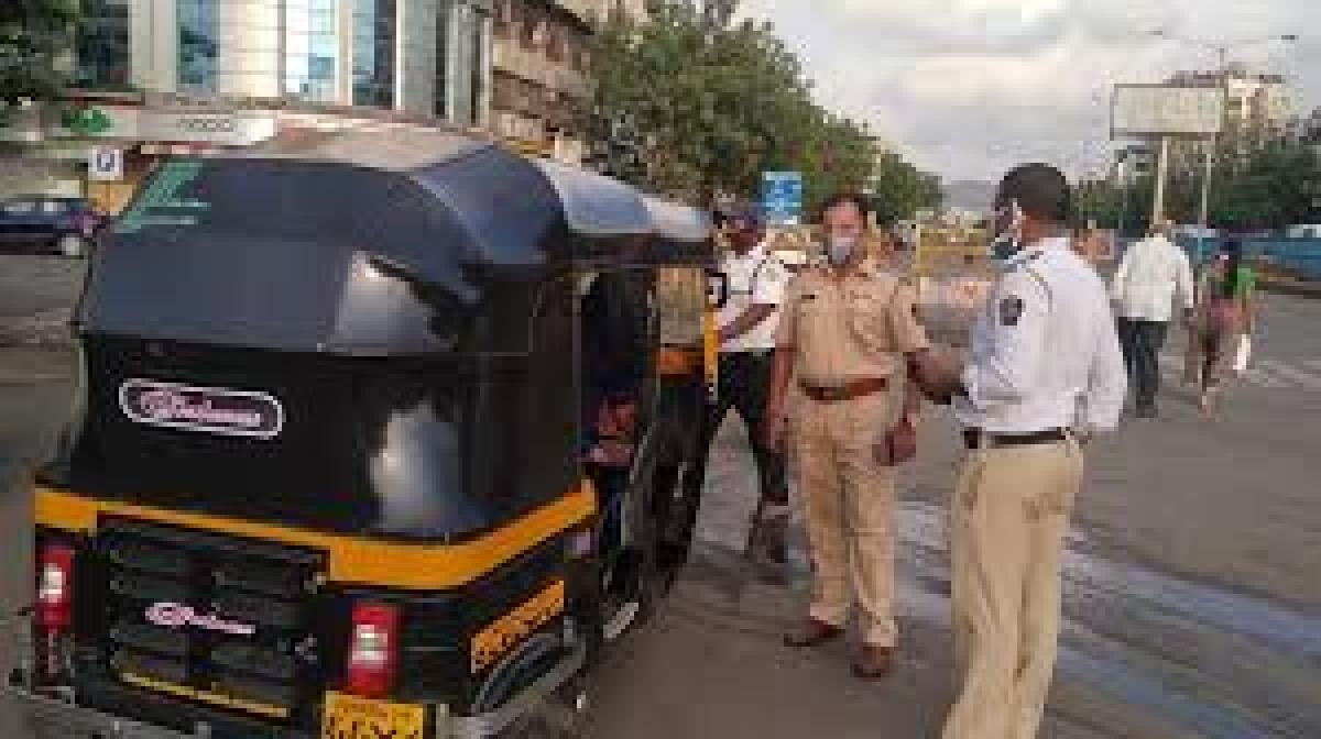 Mumbai road rage: RTO issues notices to autorickshaw driver