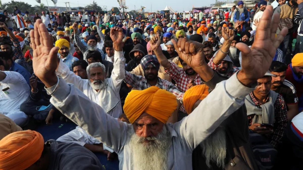Agitating farmers on Day 16 in the national capital