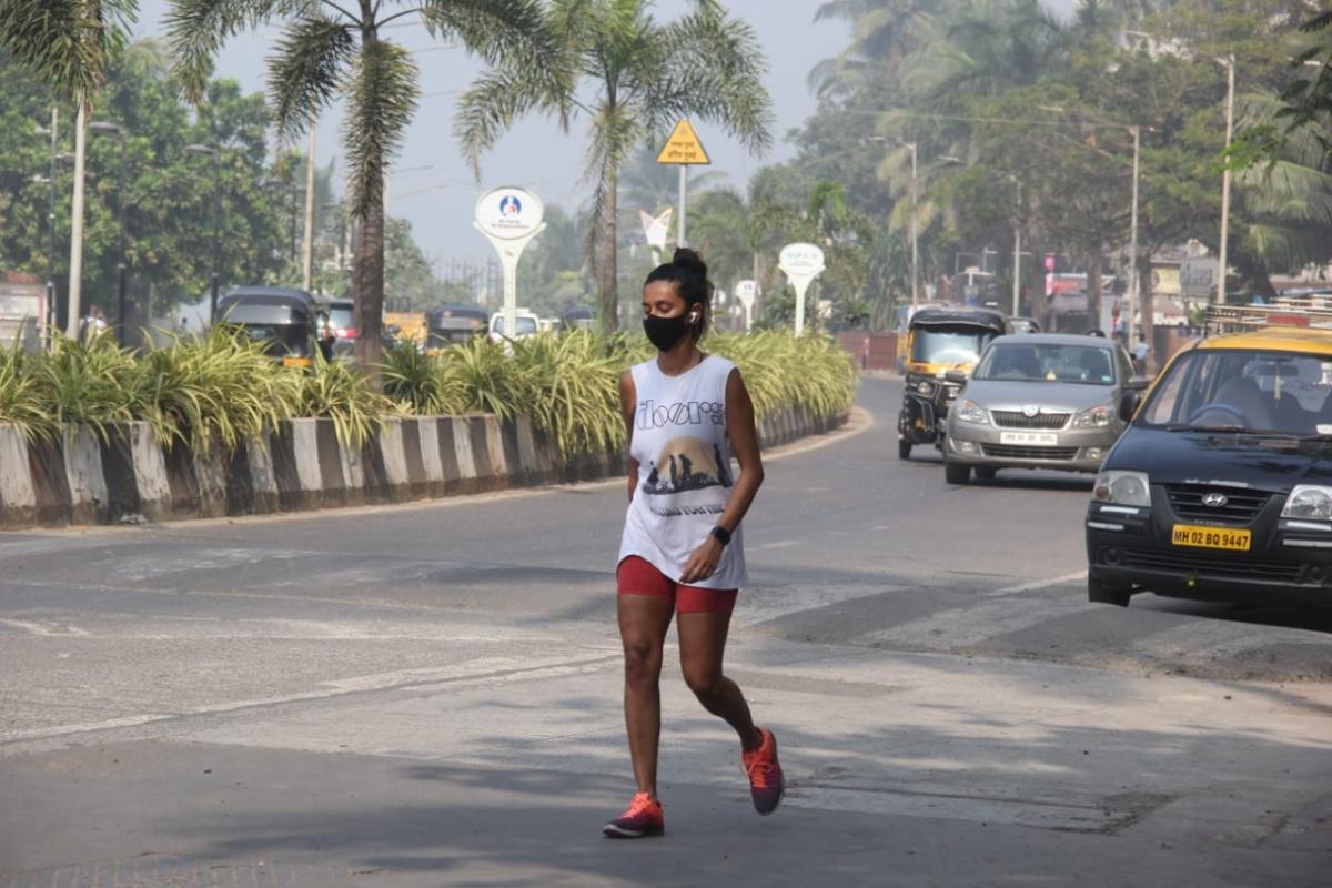 Shibani Dandekar spotted in Bandra