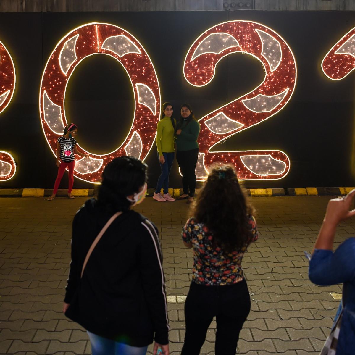 Mumbaikars celebrate New Year's eve on terrace