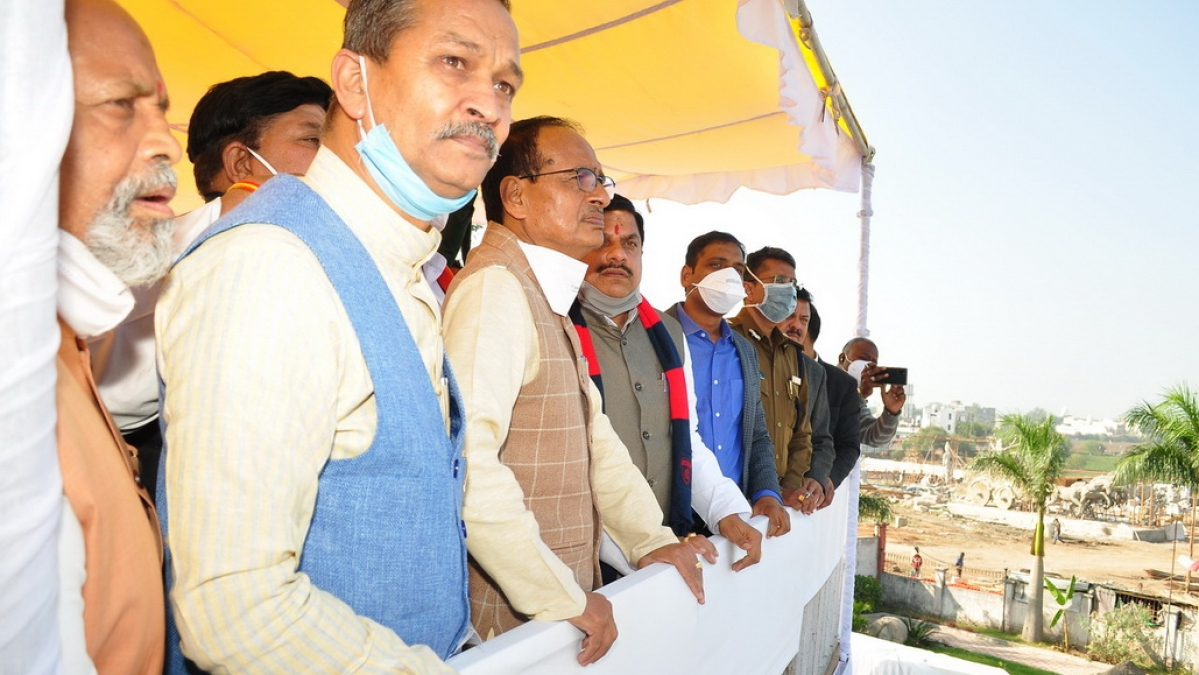 CM assesses construction work from Triveni Museum's roof