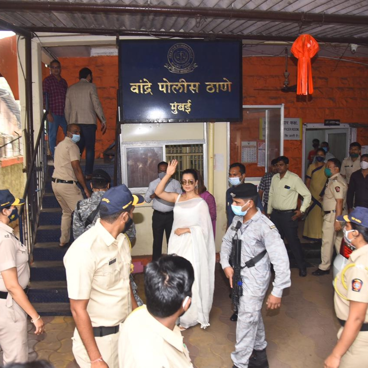 Kangana Ranaut, Rangoli Chandel appear before Bandra Police in connection to sedition charges