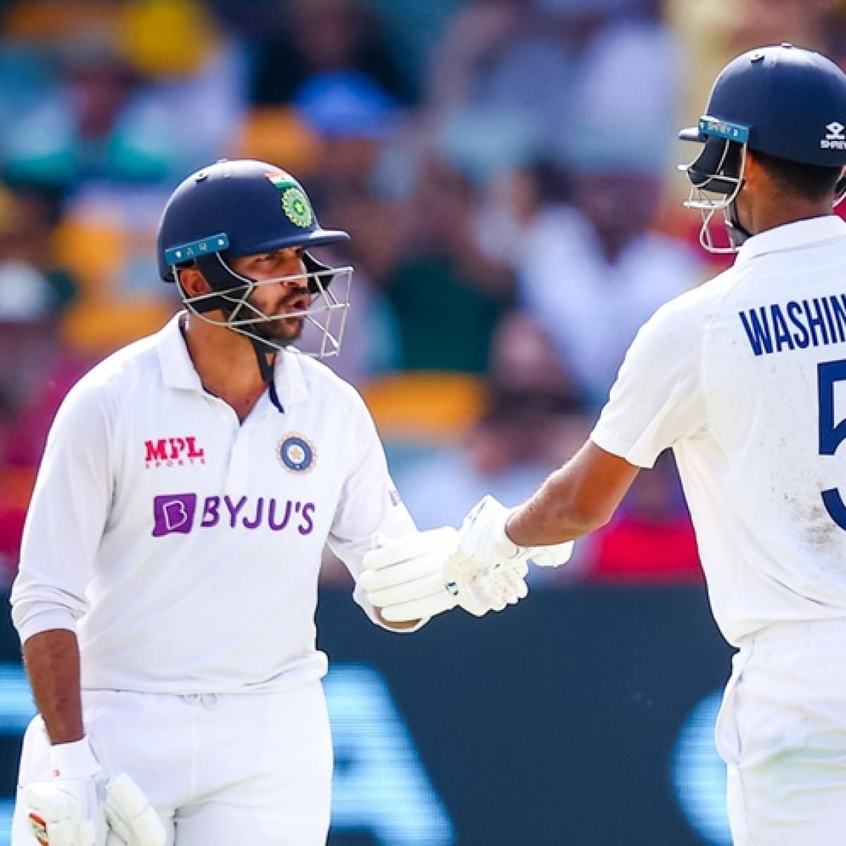 Ind vs Aus, 4th Test: India fight back through Washington and Thakur, concede 33-run lead