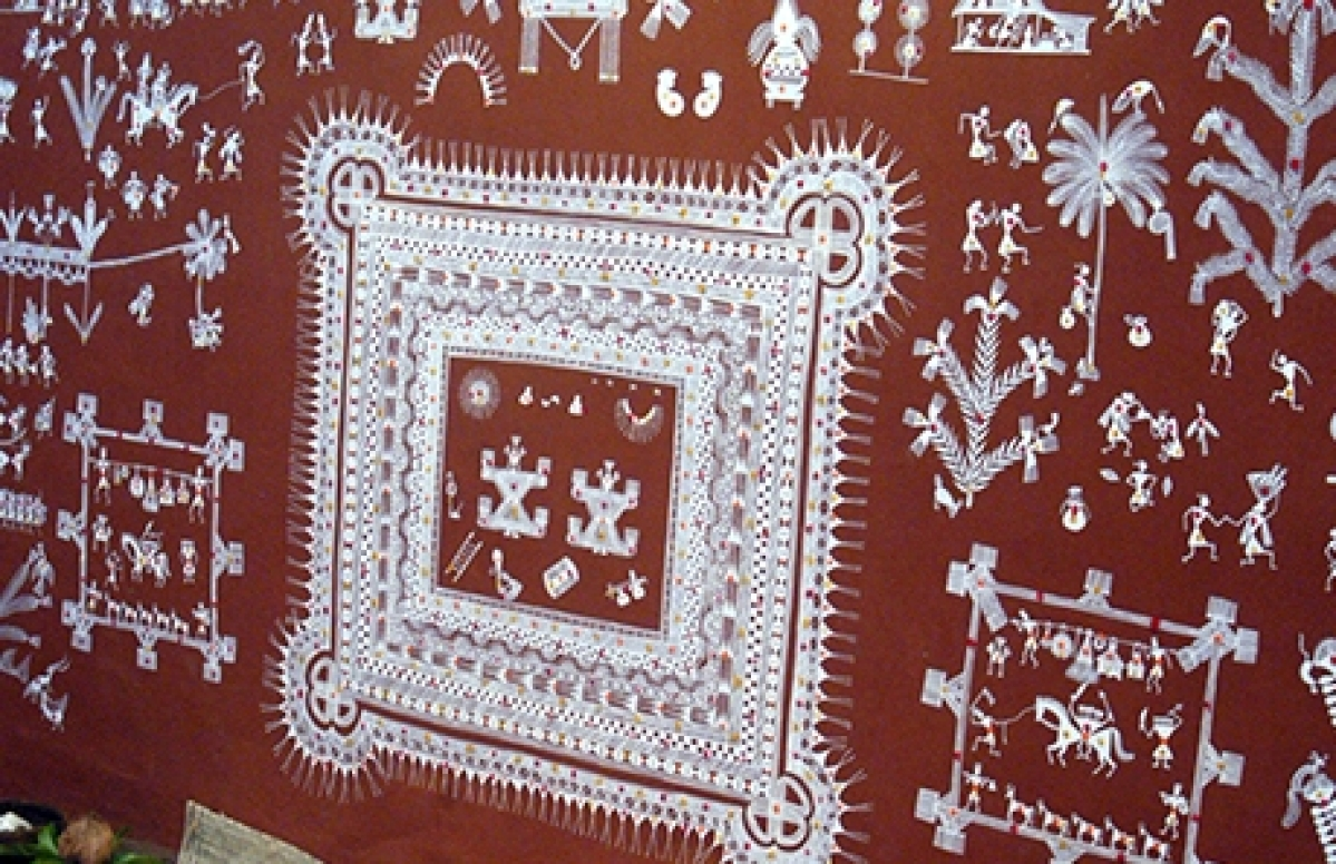 BHOPAL: Try these Warli paintings for weddings in your house, will leave guests spellbound