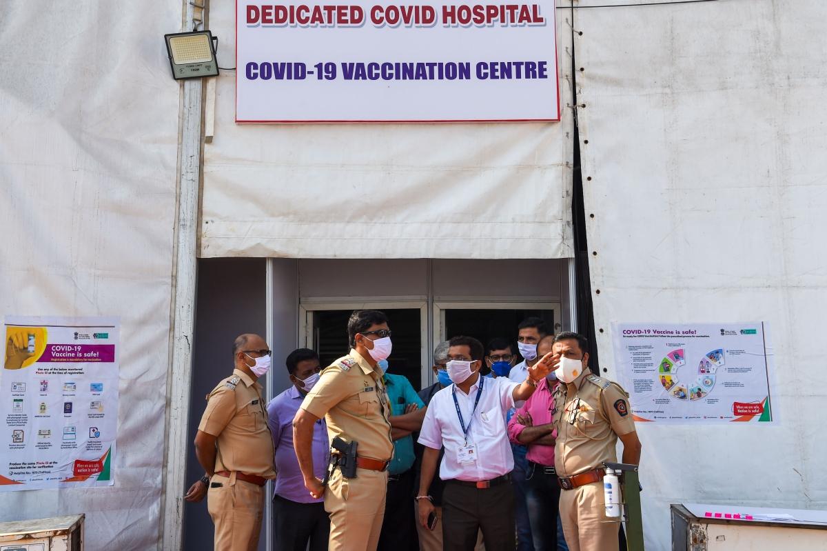 Mumbai: BMC health staff still to set eyes on CoWIN application