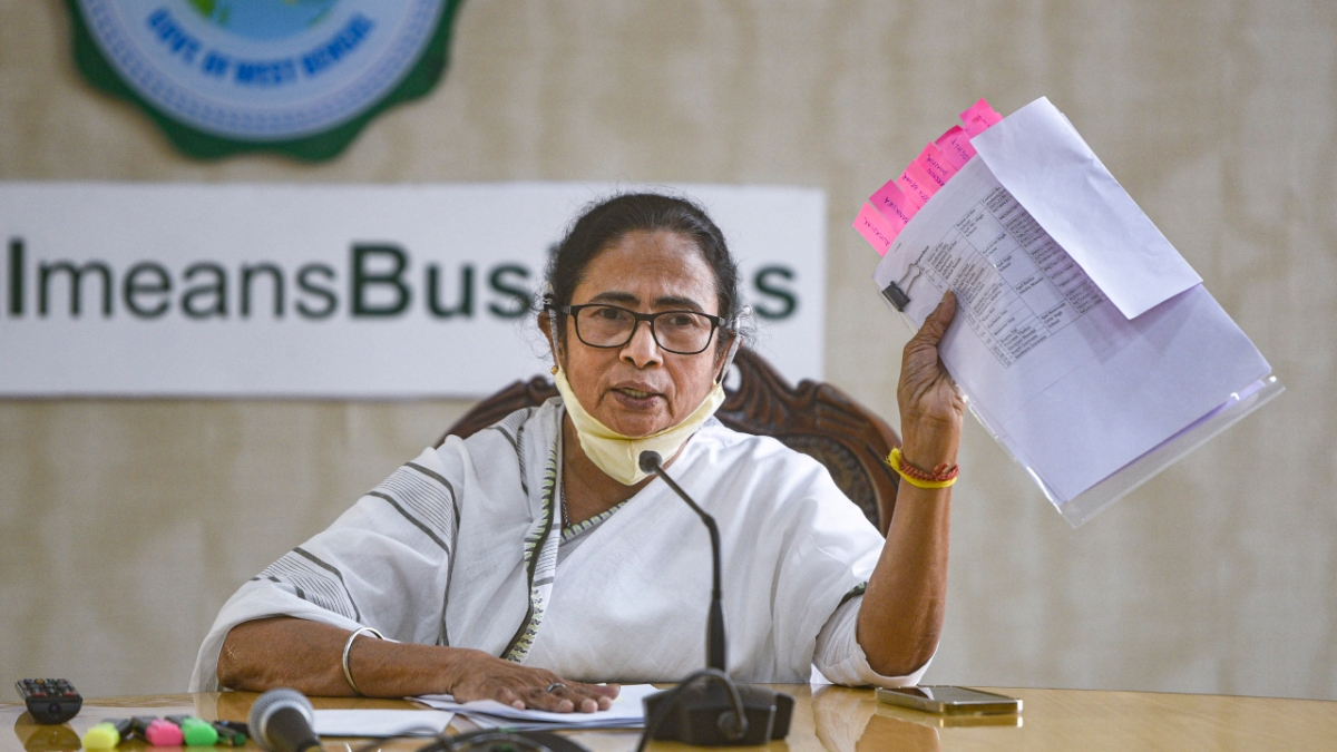 'Centre's insensitive attitude...': Mamata blames Modi govt's 'indifference' after farmers' R-Day tractor rally turns violent