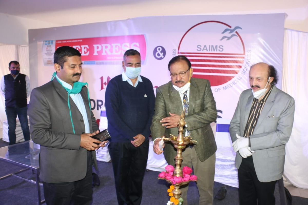 INDORE: Free Press in association with Sri Aurobindo Institute of Medical Science honours The Corona Warriors