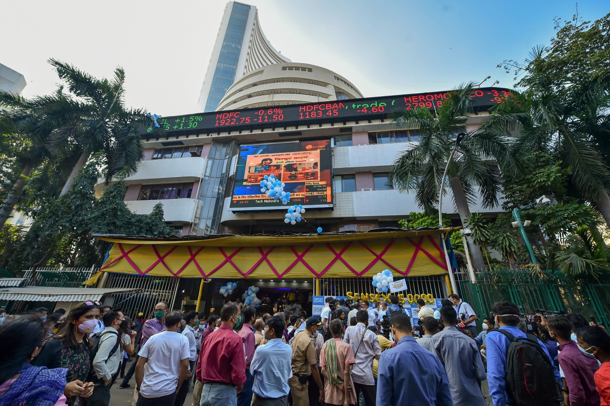 Sensex, Nifty 50 end marginally lower; PowerGrid rallies 6%
