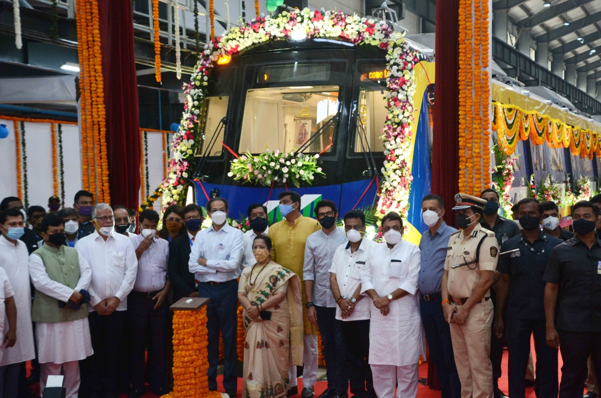 Mumbai: CM Uddhav Thackeray unveils 1st Made in India metro rake at Charkop depot