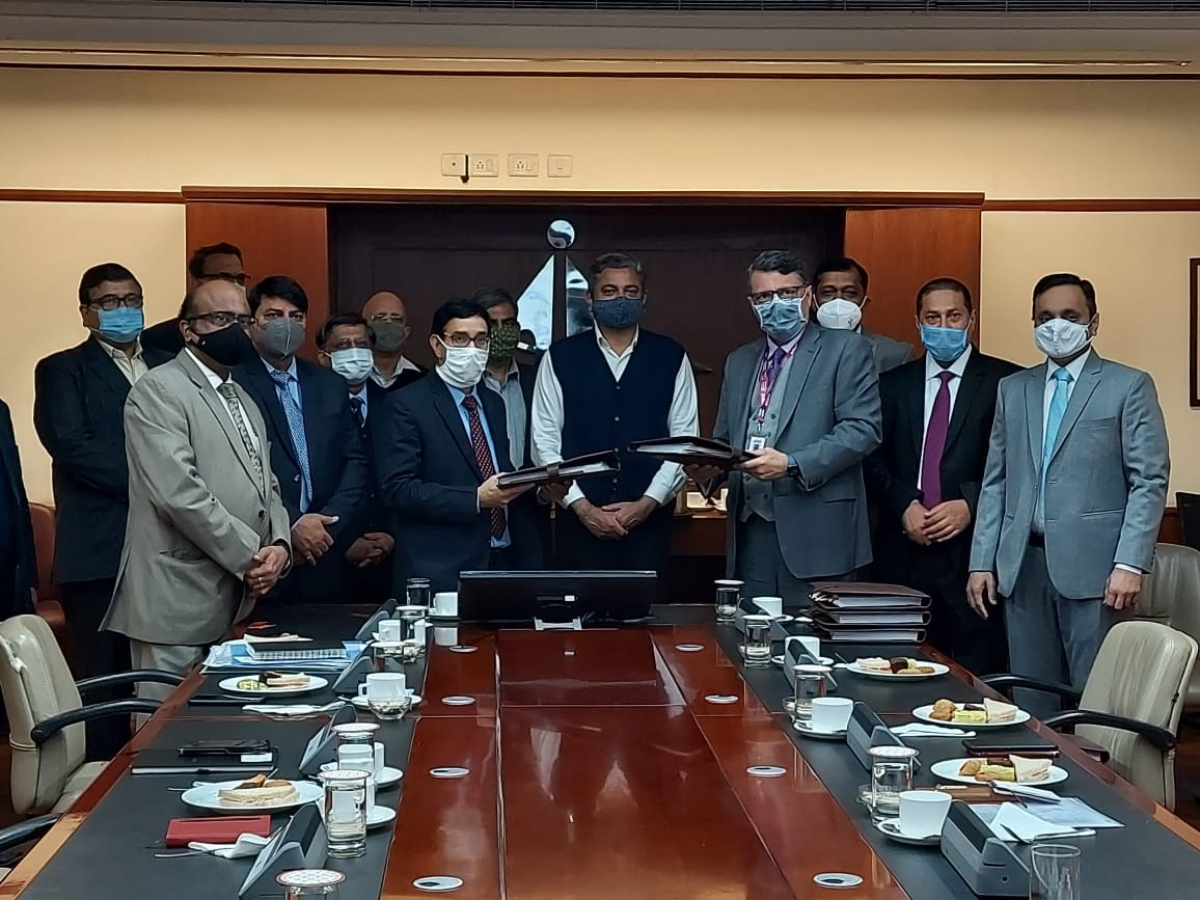 Airports Authority of India signs concession agreements for operation, management & development of Guwahati, Jaipur and Thiruvananthapuram Airport