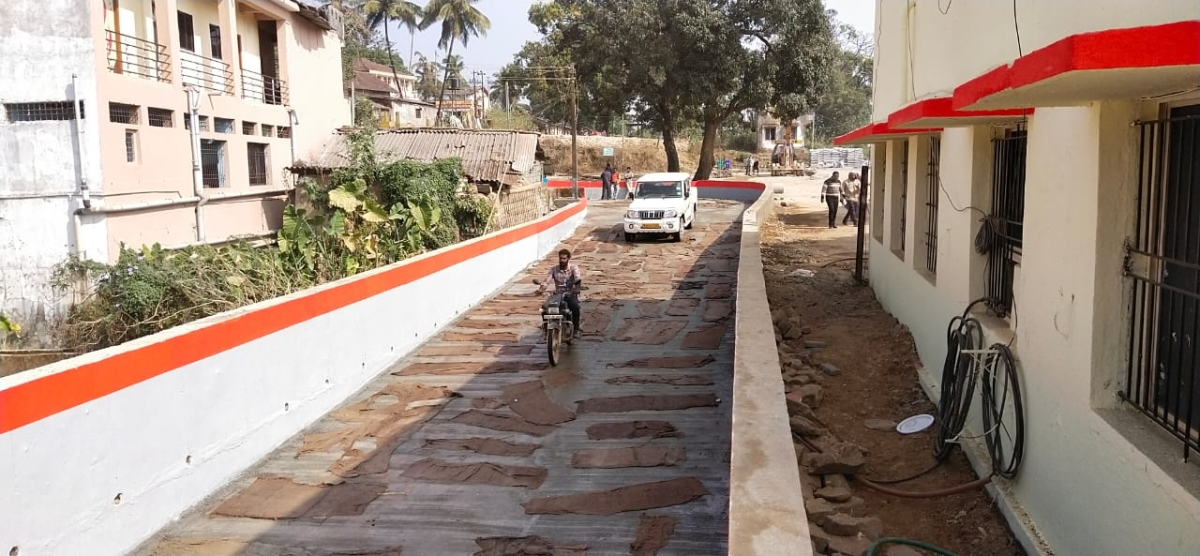 South Western Railway constructs limited height subway at Londa Yard