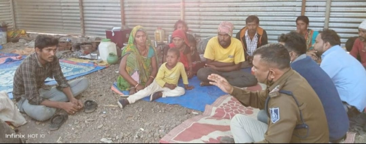 Madhya Pradesh: Prompt action by Dewas administration helps to rescue 11 labourers from captivity in Solapur