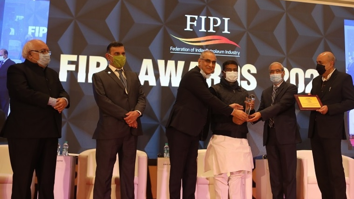 HPCL bags FIPI's Oil Marketing Company of the Year Award