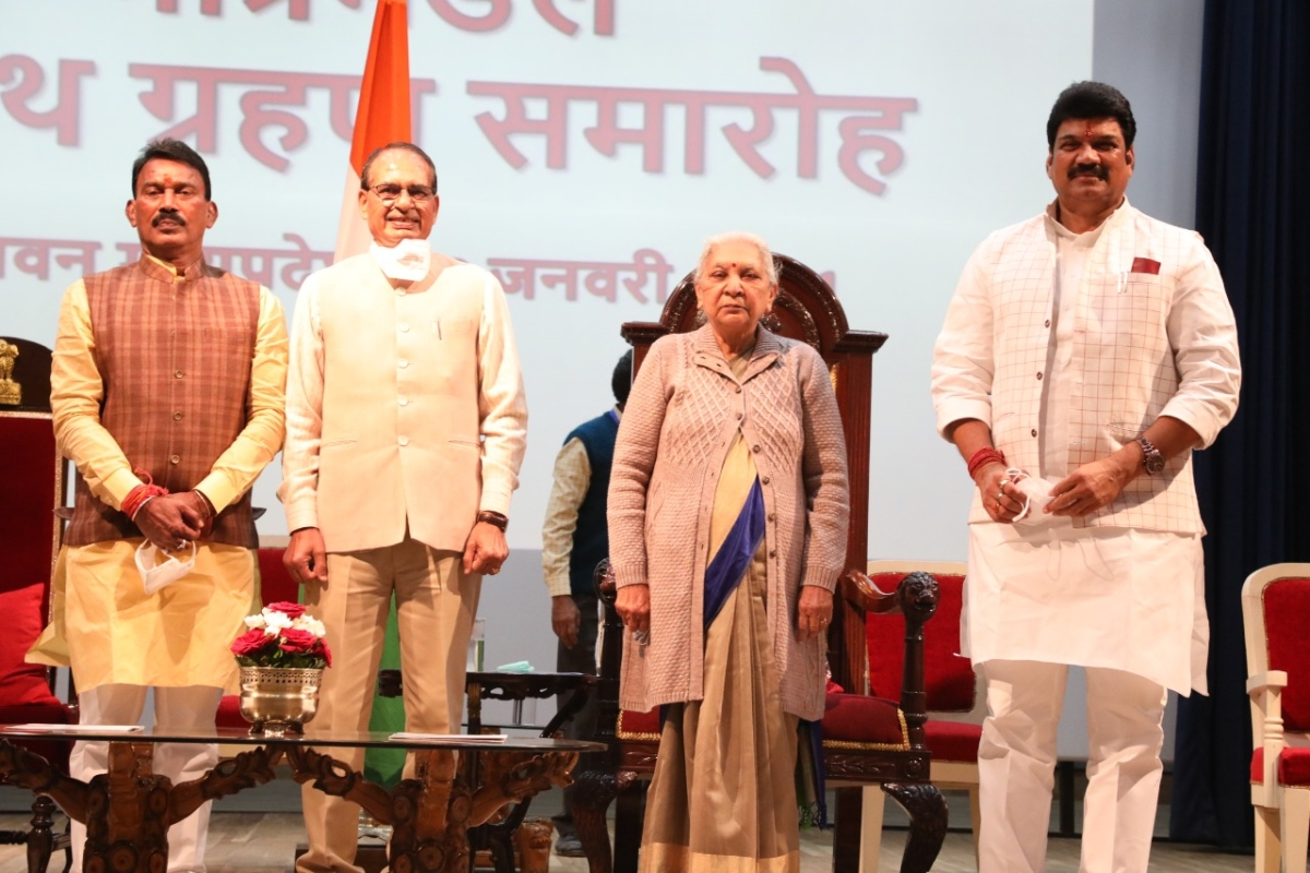 Madhya Pradesh: Chief minister Shivraj Singh Chouhan expands cabinet, 2 Scindia loyalists return as ministers