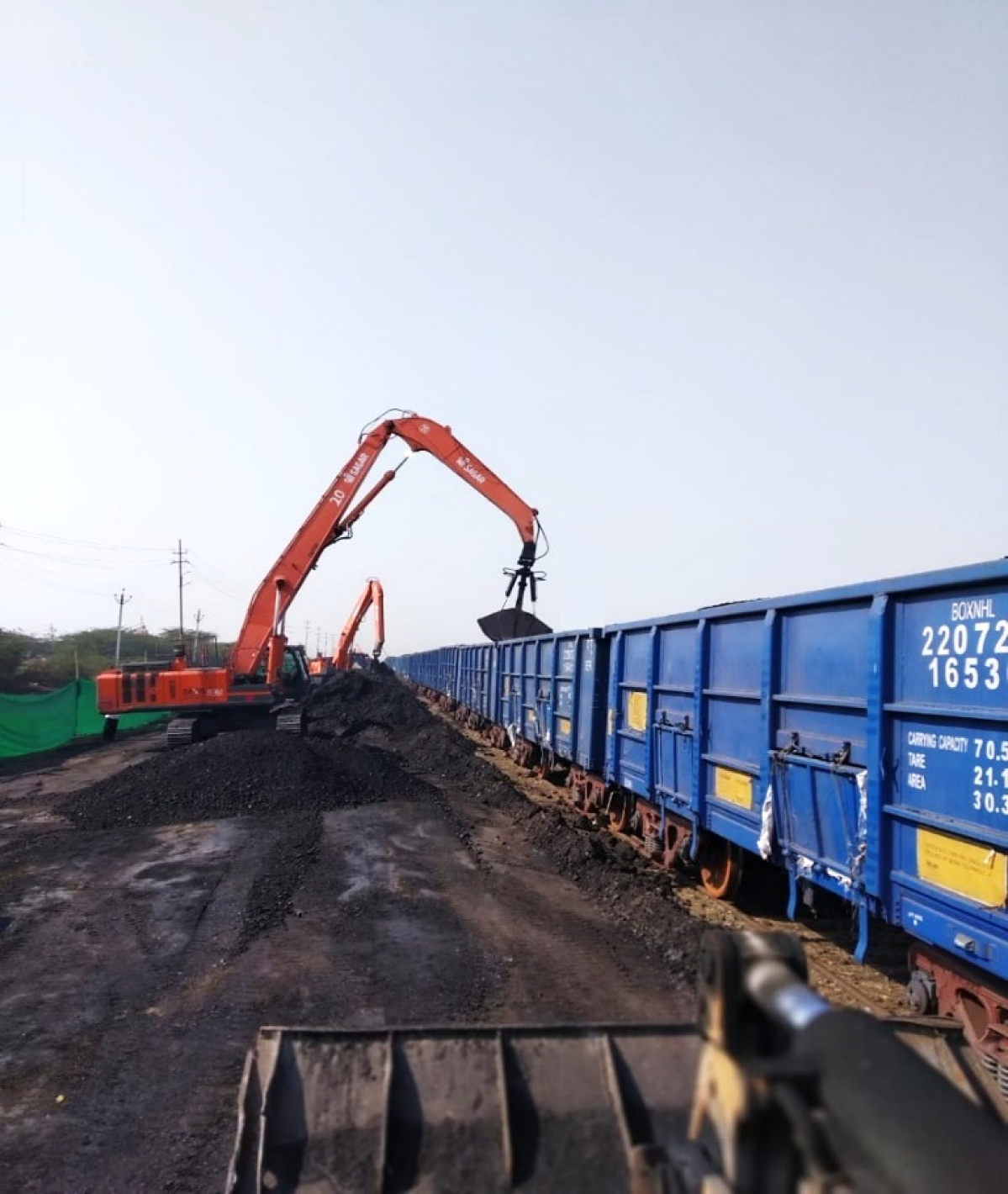 Western Railway transports 1335 tonnes of gram pulse from Rajkot to Kerala for the first time