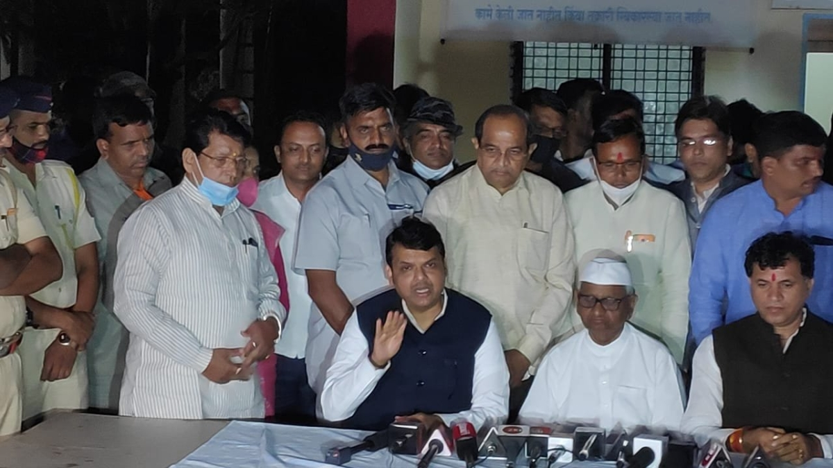 Farm Laws: Anna Hazare withdraws decision to fast after meeting with Devendra Fadnavis and Kailash Choudhary