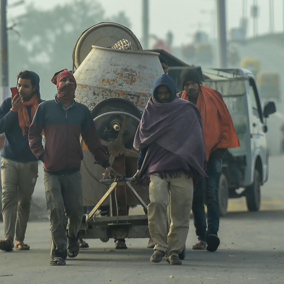 Farmers' Protest: Chilla, Gazipur, Tikri, Dhansa borders closed for traffic, informs Delhi Traffic Police