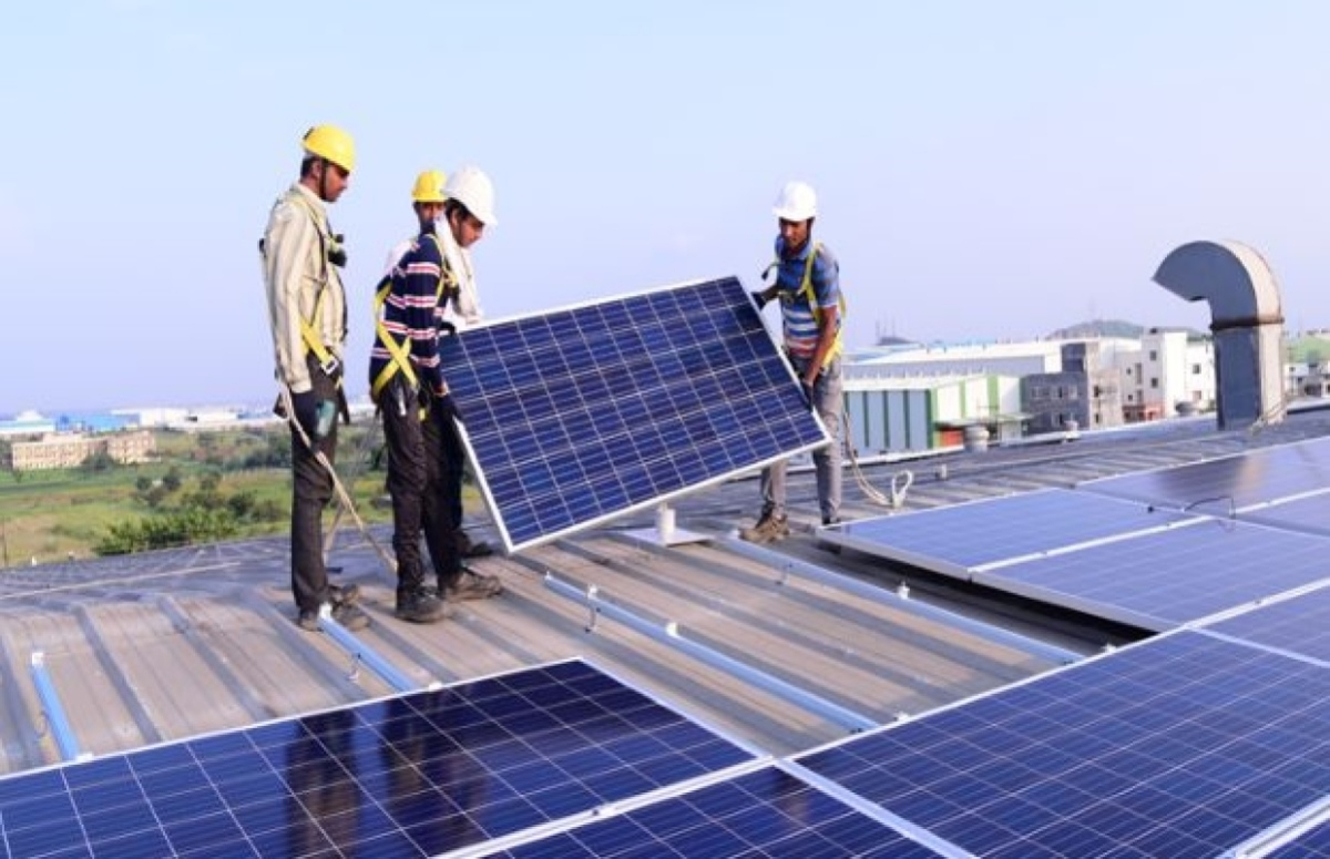 FPJ Edit: Discoms hold key to success  of rooftop solar power generation