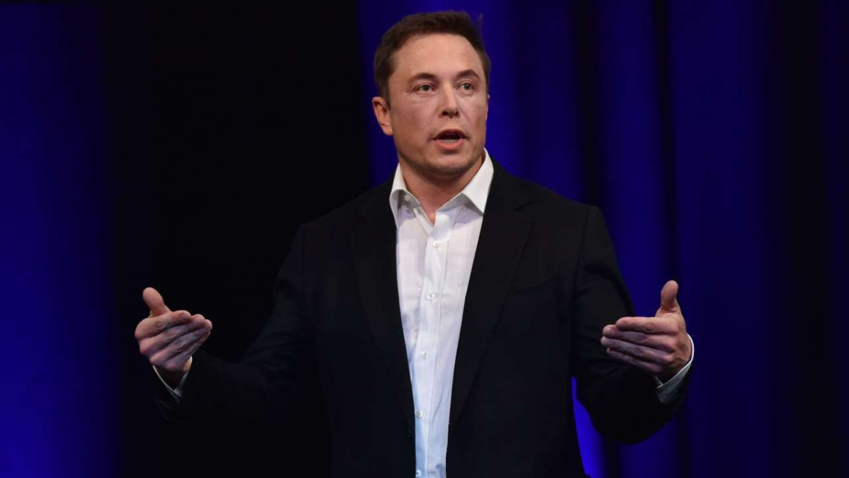 Tesla's Elon Musk surpasses Amazon's Jeff Bezos to become world's richest person