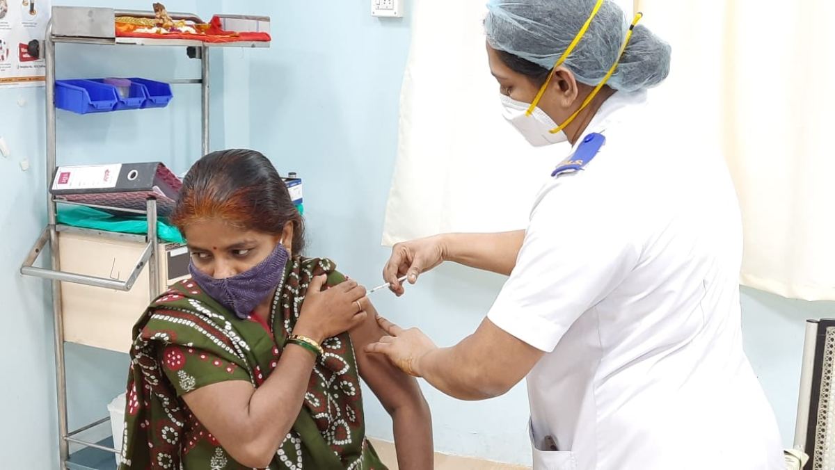 As vaccination turnout dips, Rajasthan CM Ashok Gehlot blames manufacturers' verbal duel