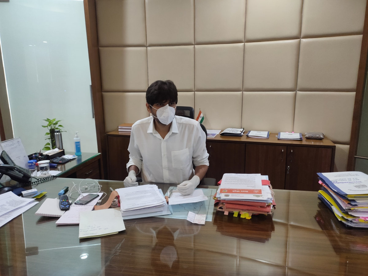 Navi Mumbai: NMMC chief warns delay in issue of birth, death or a marriage certificate will attract punishment