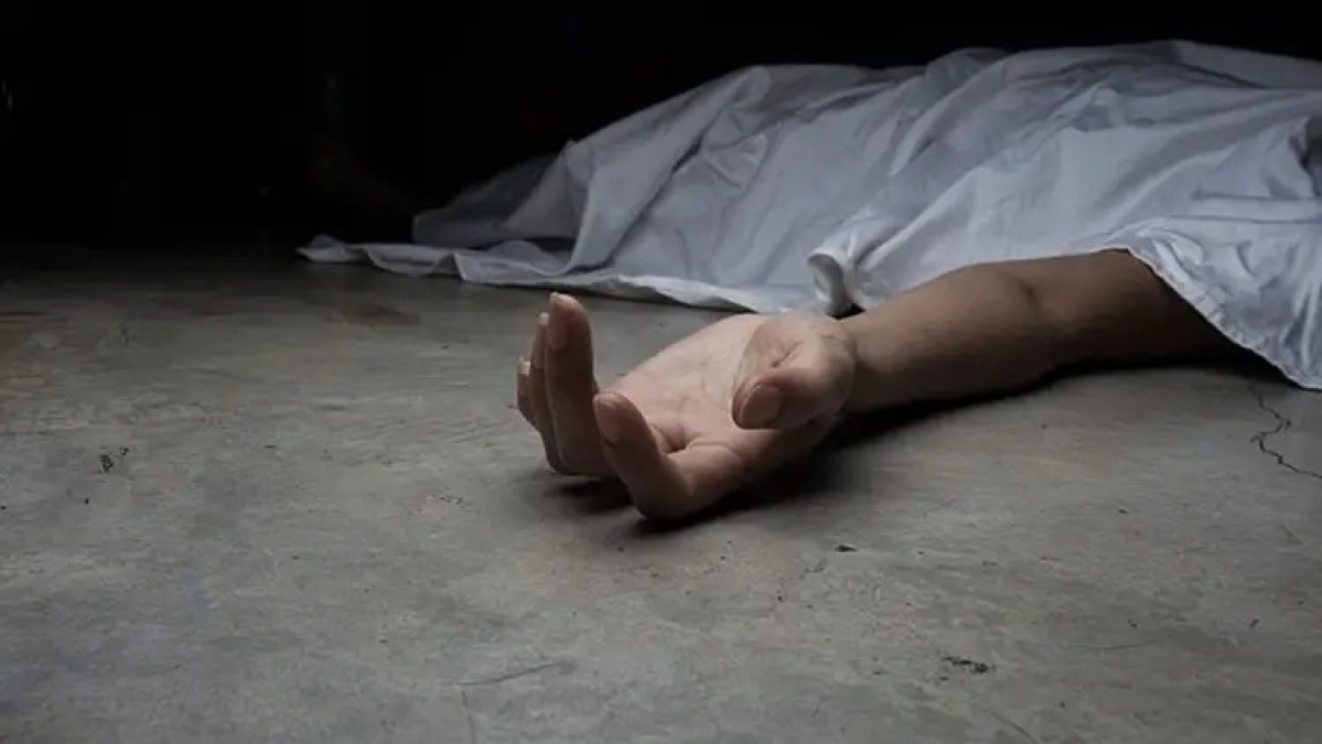 Another Unnao like case in UP; one minor girl found dead, another battles for life
