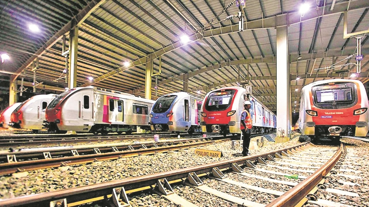 Commuters demand home platform between Kalwa & Mumbra stations