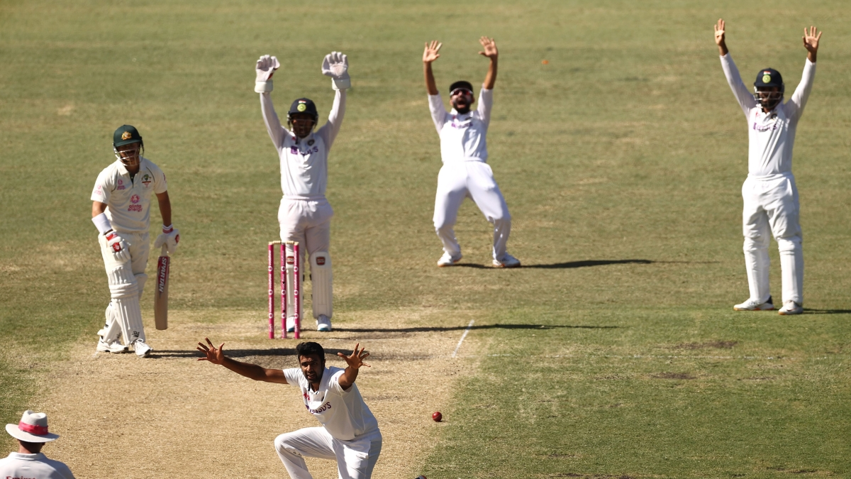 Ind vs Aus, 3rd Test: Marnus Labuschagne, Steve Smith take control after visitors fold up for 244