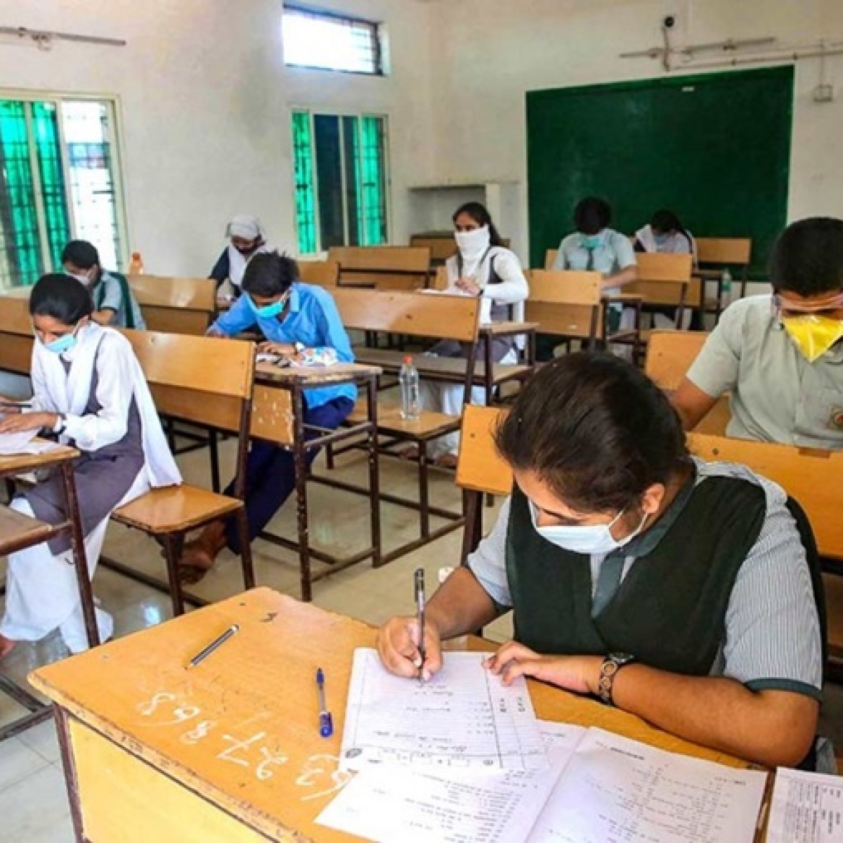 As govt postpones CBSE Class 12 exams, Opposition calls for cancellation - Story so far