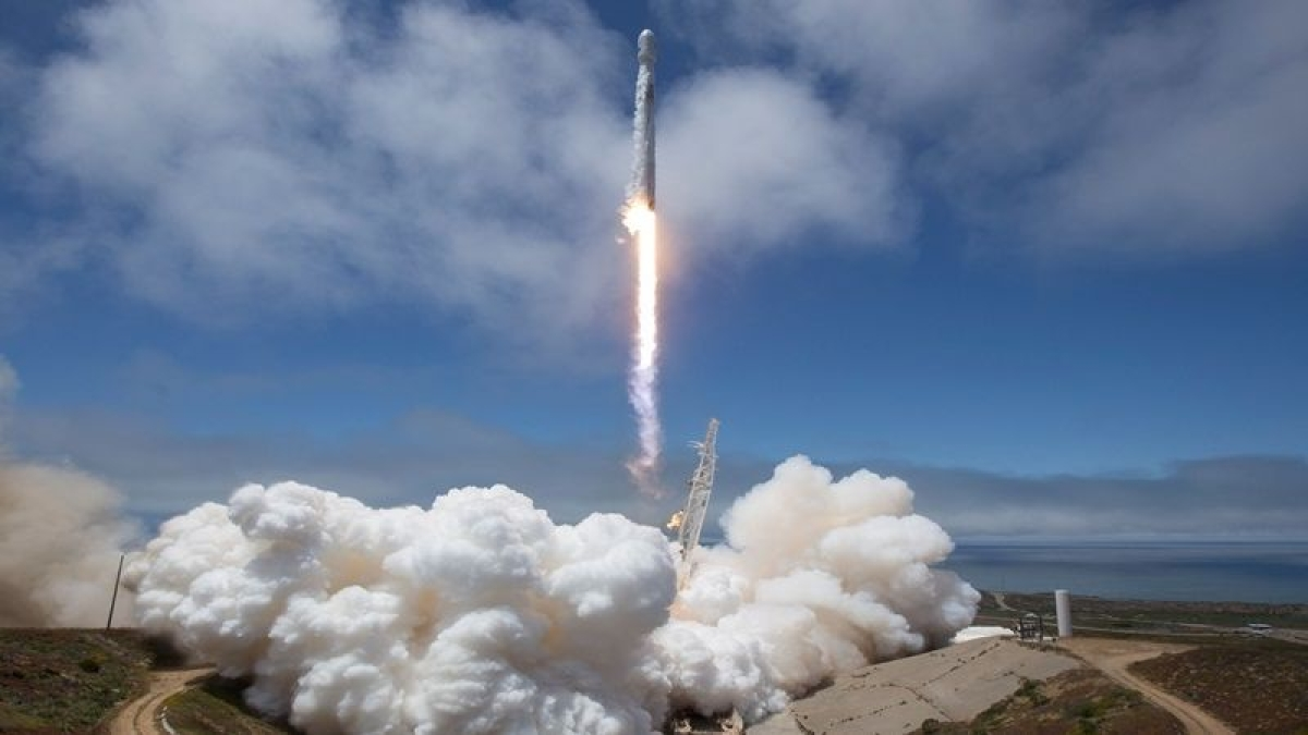 SpaceX targets April 20 to launch 4 astronauts to space station