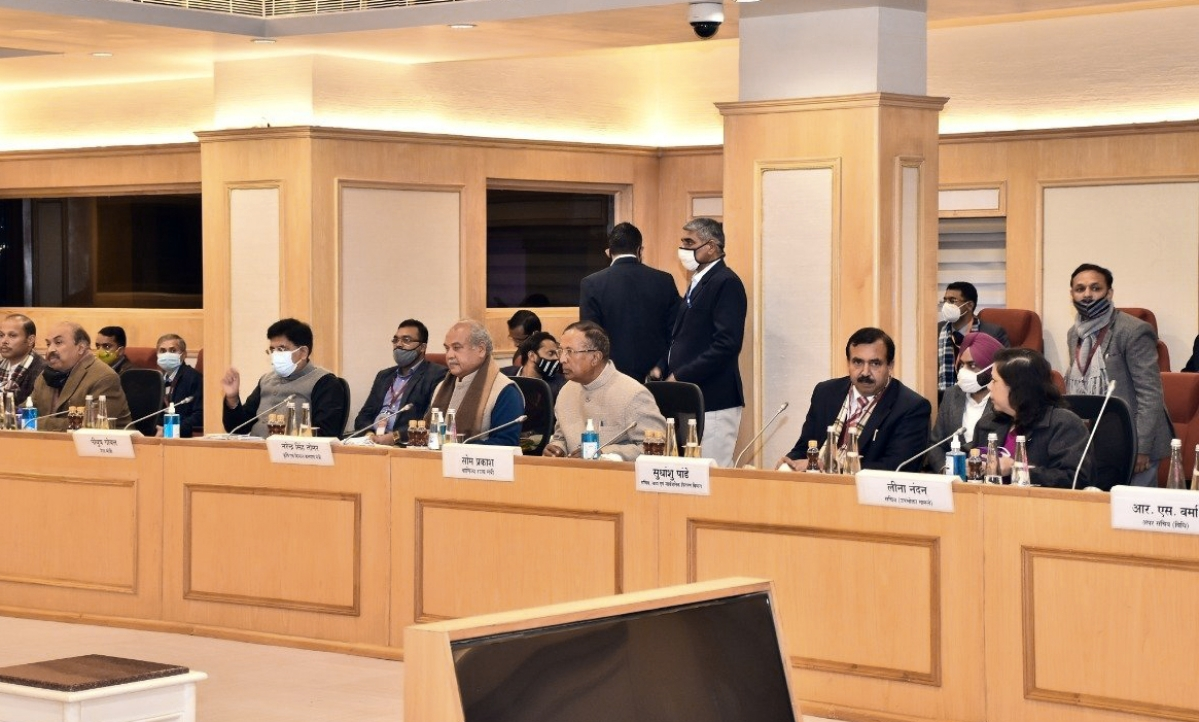 Union Agriculture Minister Narendra Singh Tomar, Union Minister of Commerce and Industry Piyush Goyal, Union MoS Som Prakash during the Seventh round of meeting between Central Government and farmers representatives at Vigyan Bhawan in New Delhi