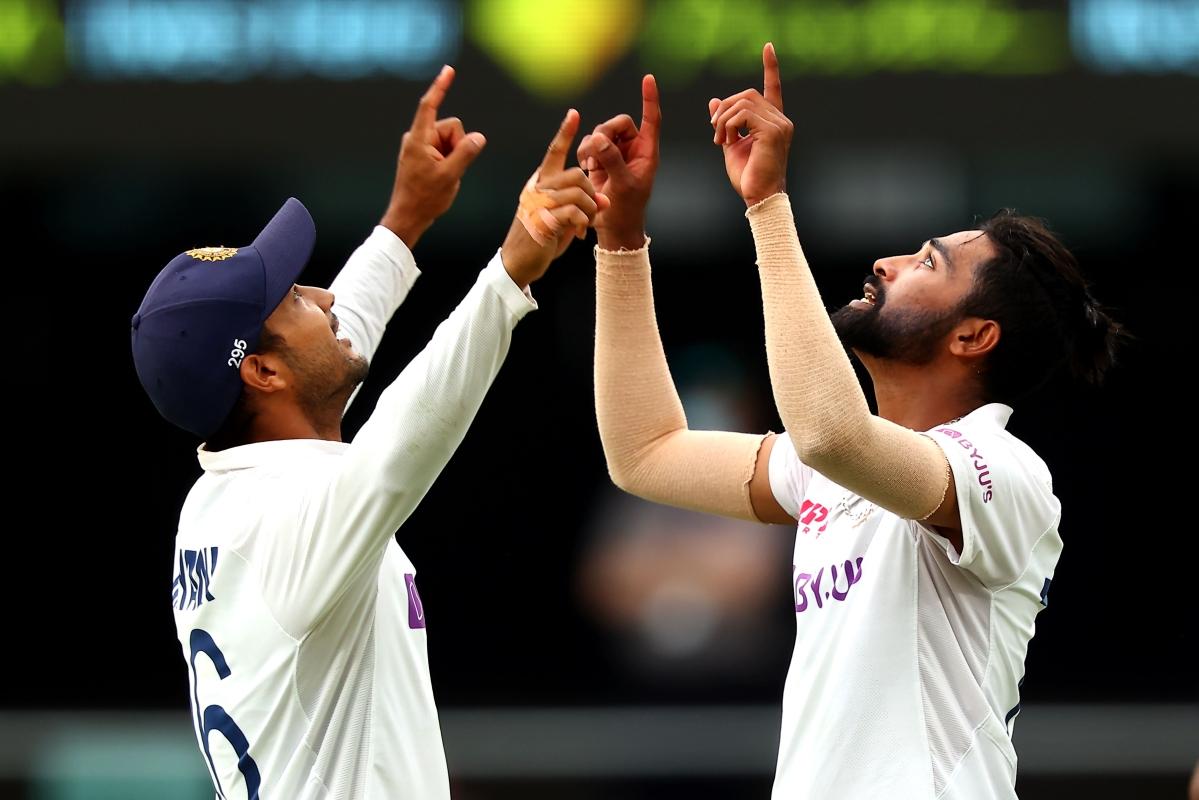 Siraj grabs five wickets, joins the Gabba elite club