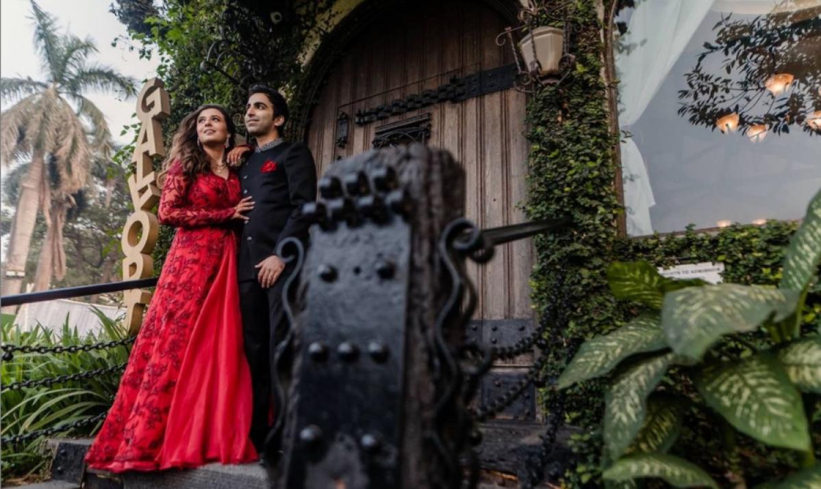 Billiards World champion Pankaj Advani ties the knot with celebrity stylist Saniya Shadadpuri; view pics from sangeet ceremony