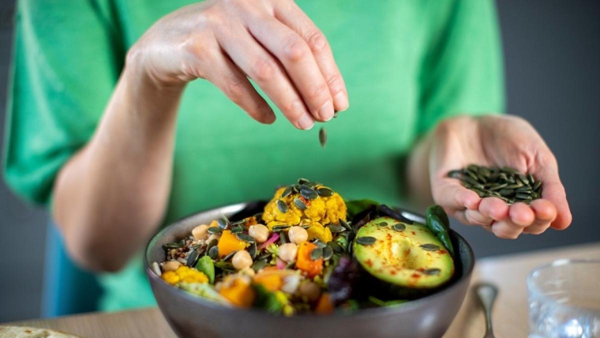 Amid rise in bird flu, people veer towards vegan diet, clean eating