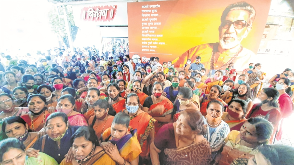 Shiv Sena plans show of strength at ED office on Jan 5 when Varsha Raut appears before it
