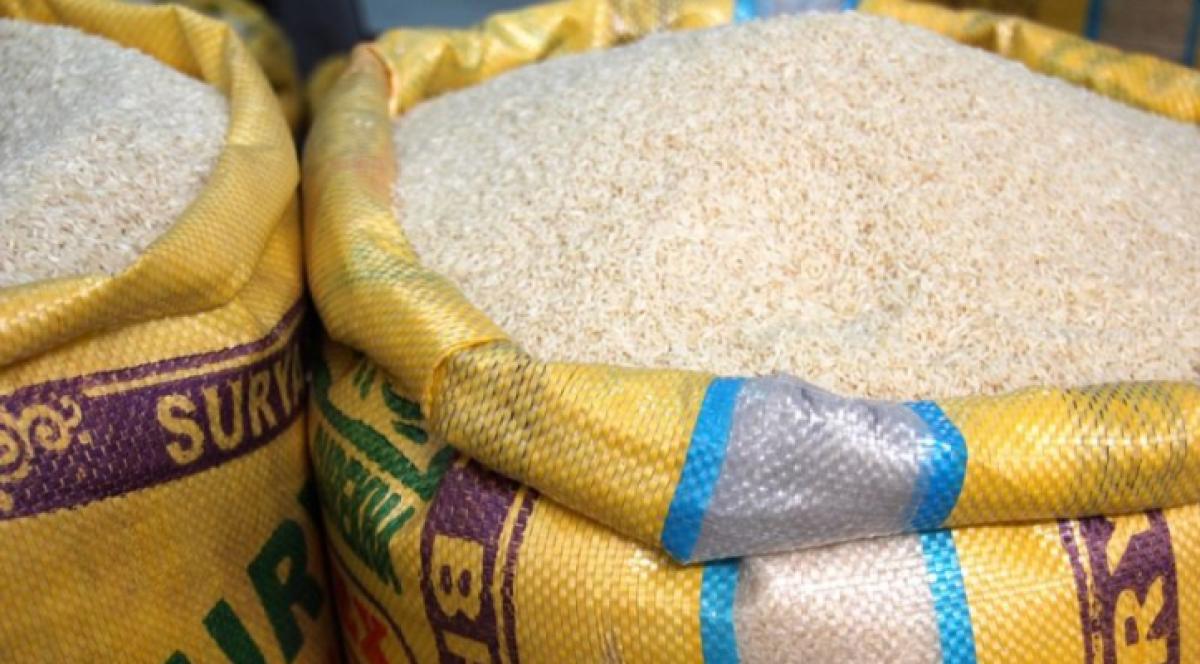 Madhya Pradesh: 462 quintal rice, truck seized in Guna