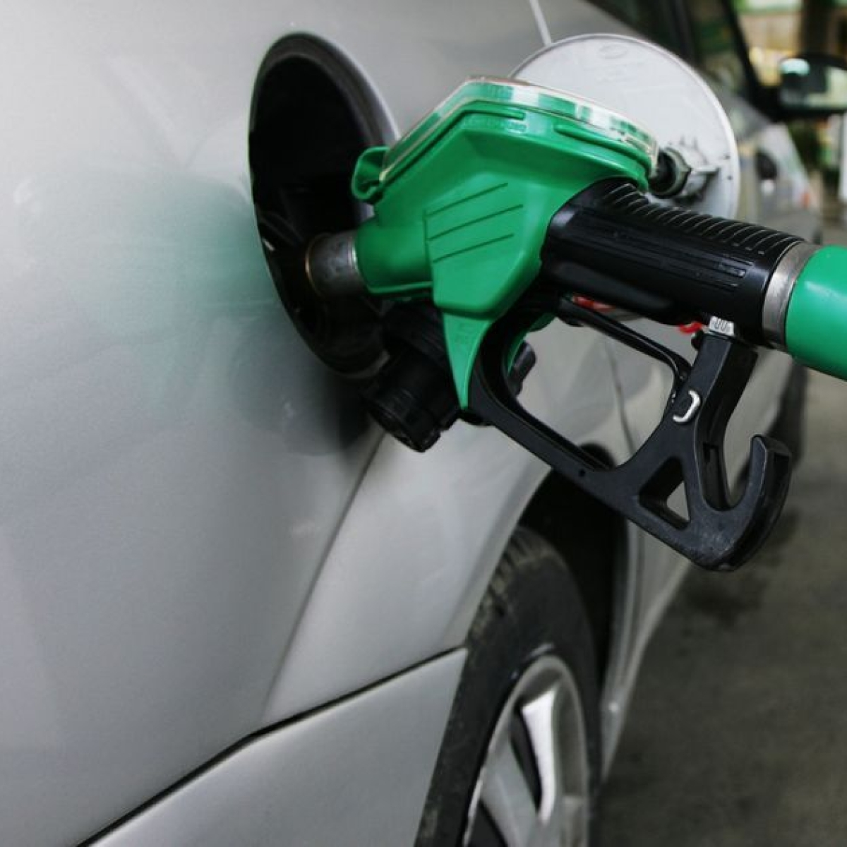 Petrol, diesel prices hiked after two-day pause: Check fuel prices in Mumbai, Delhi, Kolkata and Chennai
