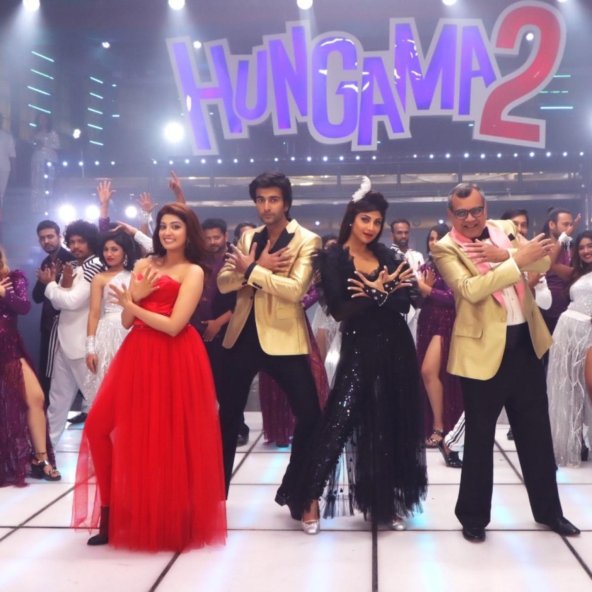 Lights, Camera and Hungama: Paresh Rawal, Shilpa Shetty Kundra, Meezaan Jafri shoot for title track of 'Hungama 2'