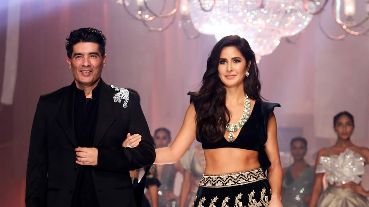 Bollywood's favourite fashion designer Manish Malhotra launches virtual store