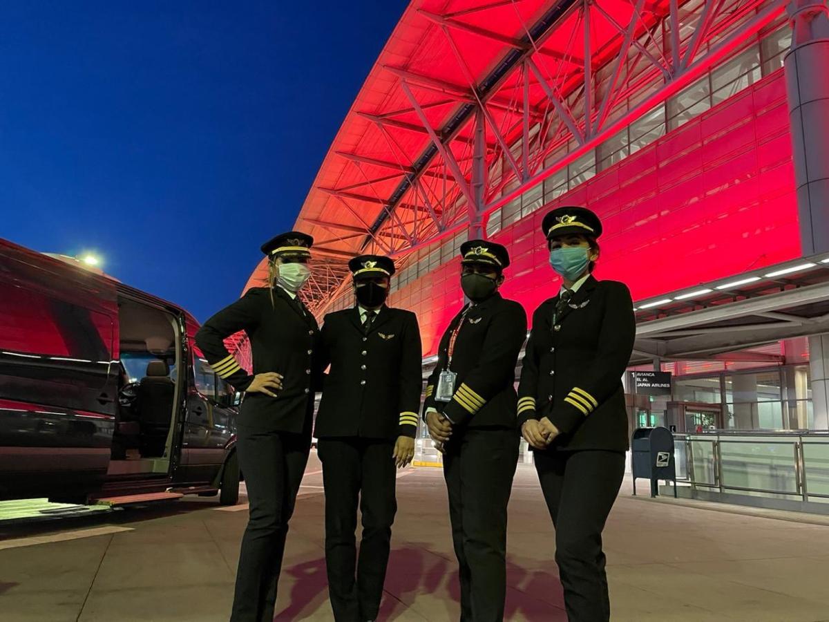 Civil Aviation Minister hails all-women Air India crew on inaugural San Francisco-Bengaluru flight