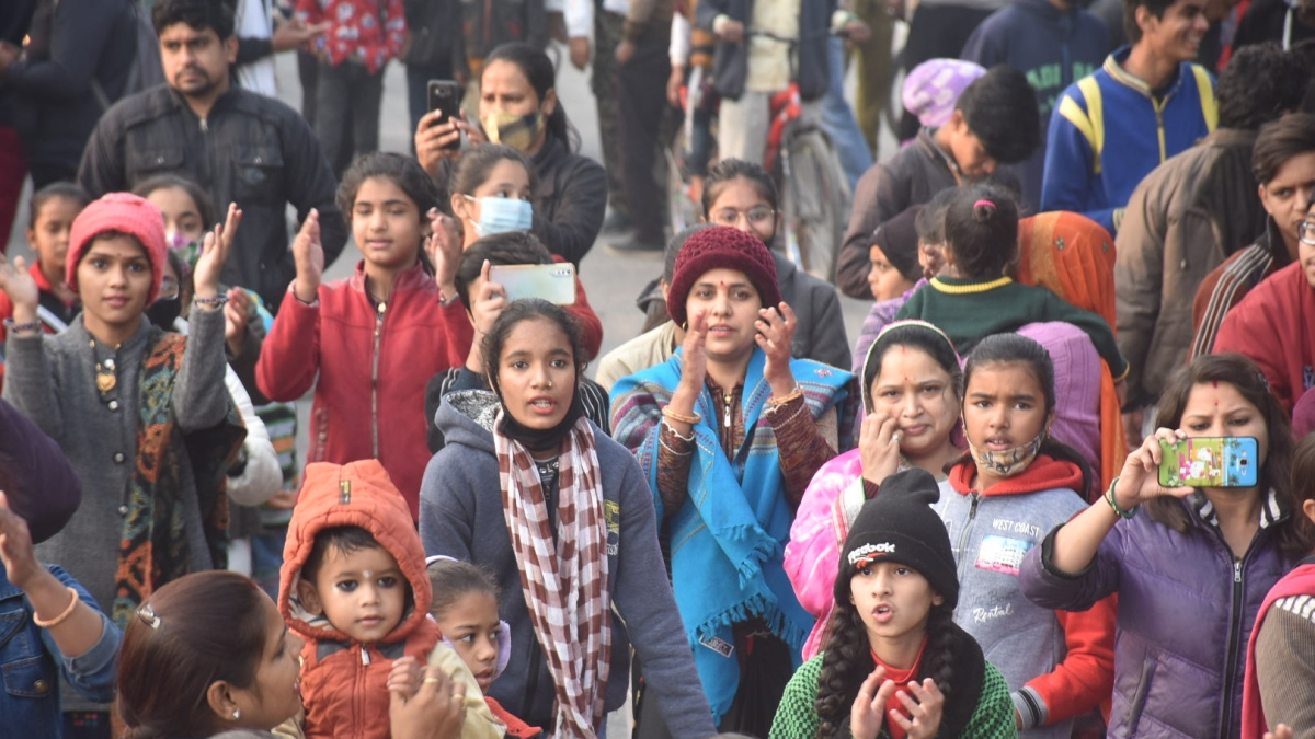 WHO CARES? Despite Covid-19 protocols in effect these days, people assembled in large numbers at Ankpaat area to participate in Sair-Sapata programme, in Ujjain on Sunday. Norms like wearing face masks and maintaining physical distancing were thrown to winds